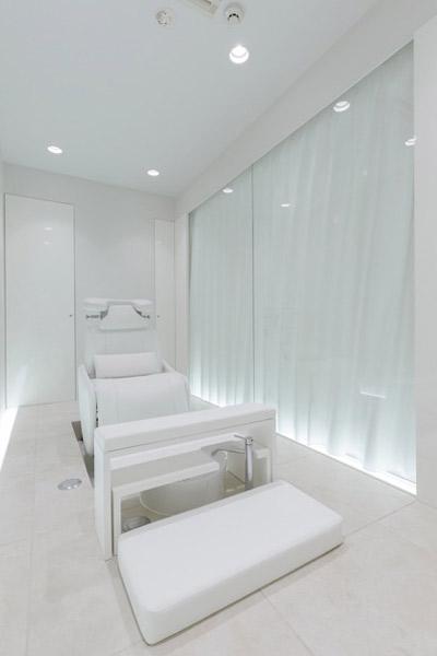 青山のネイルサロン VINGT NAIL 個室