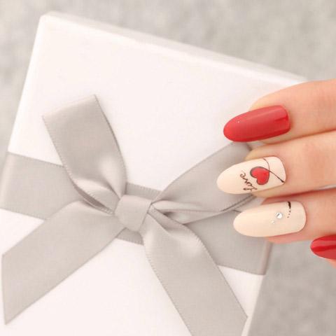 青山のネイルサロン VINGT NAILでバレンタインネイルデザインを楽しみましょう!